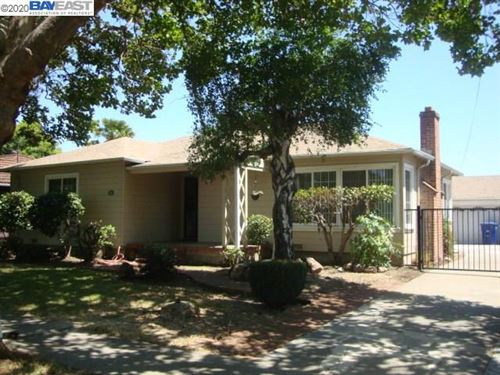 Photo of 855 Evergreen Ave, SAN LEANDRO, CA 94577 (MLS # 40910106)