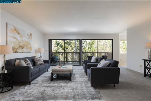 Photo of 1810 Central Ave #307, ALAMEDA, CA 94501 (MLS # 40911107)