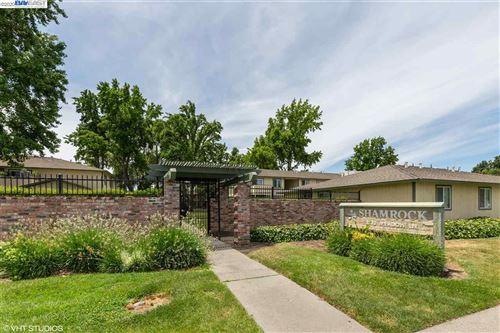 Photo of 1133 Meadow Lane #80, CONCORD, CA 94520 (MLS # 40915107)