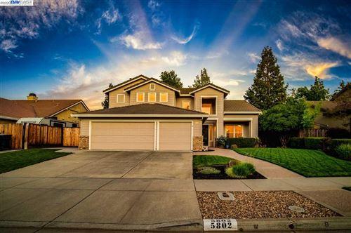 Photo of 5802 Felicia Ave, LIVERMORE, CA 94550 (MLS # 40923107)
