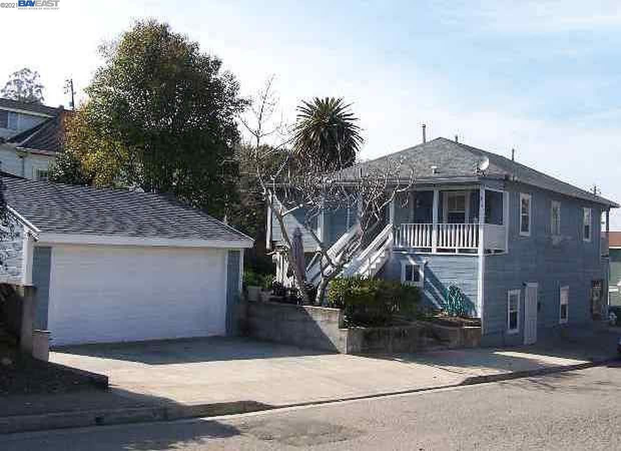 Photo for 314 Richardson St, MARTINEZ, CA 94553 (MLS # 40934108)