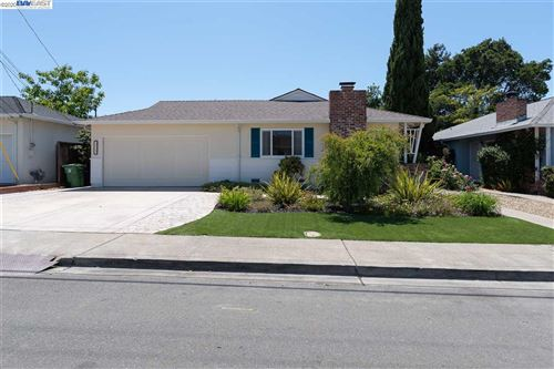 Photo of 22063 Betlen Way, CASTRO VALLEY, CA 94546 (MLS # 40911109)