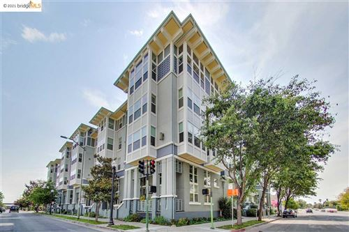 Photo of 655 12Th St #122, OAKLAND, CA 94607 (MLS # 40960109)