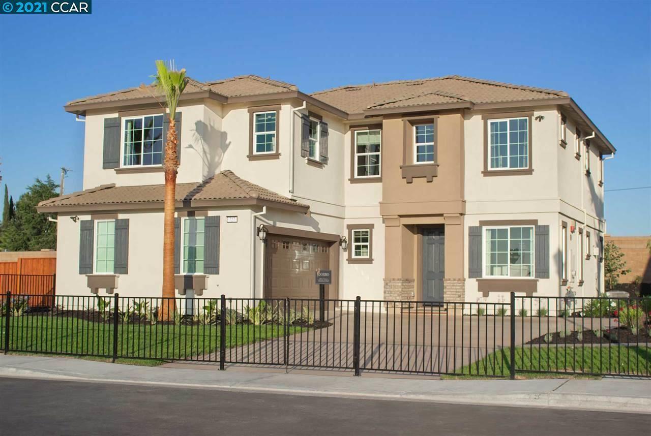 Photo of 727 Ruby Hill Lane, OAKLEY, CA 94561 (MLS # 40937109)