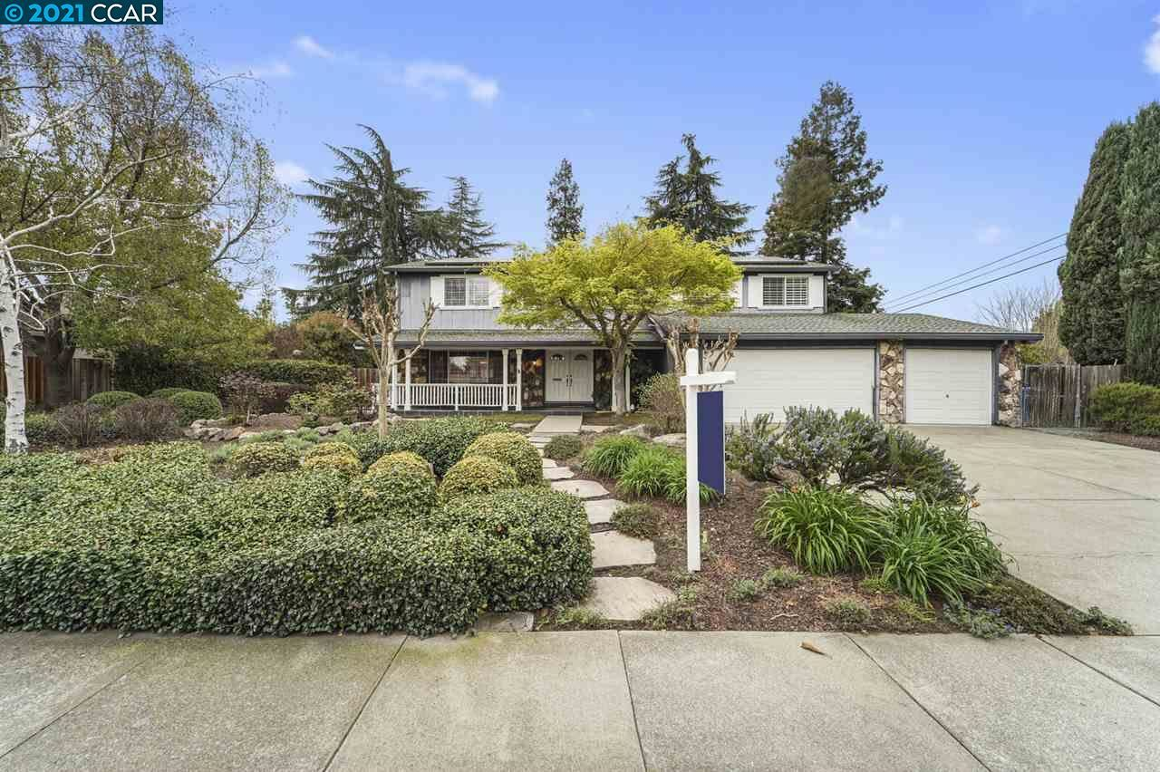 Photo of 931 Walnut Ave, WALNUT CREEK, CA 94598 (MLS # 40942109)