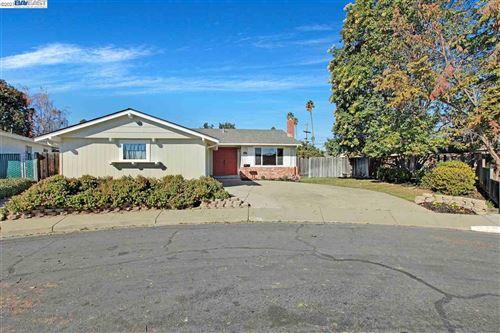 Photo of 5493 Roosevelt Pl, FREMONT, CA 94538 (MLS # 40935110)