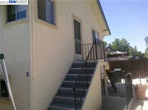 Photo of 3851 Vineyard Ave, PLEASANTON, CA 94566-6706 (MLS # 40833111)