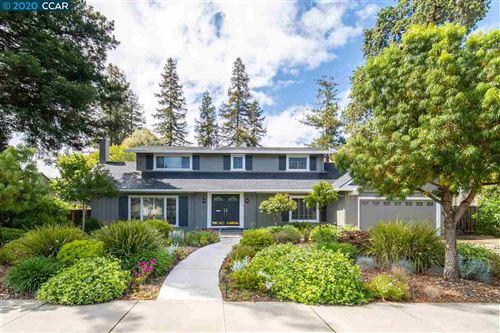 Photo of 723 Walnut Avenue, WALNUT CREEK, CA 94598 (MLS # 40905113)