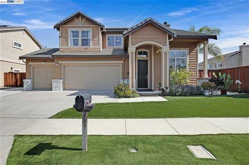 Photo of 967 Chamomile Lane, BRENTWOOD, CA 94513 (MLS # 40940114)