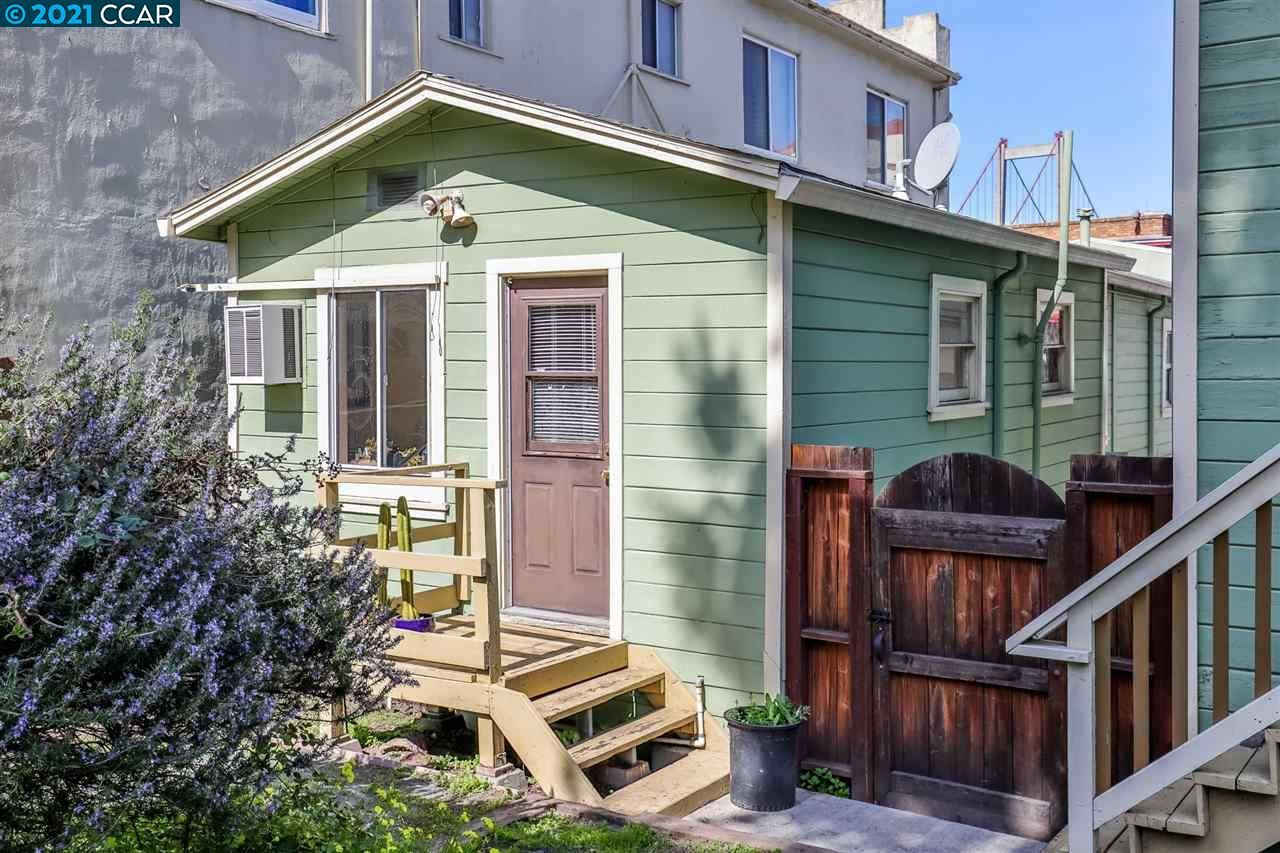 Photo of 1315 - 1319 Pomona St, CROCKETT, CA 94525 (MLS # 40941114)