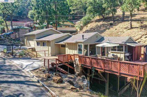 Photo of 12067 Ruth Gln, SUNOL, CA 94586 (MLS # 40922116)