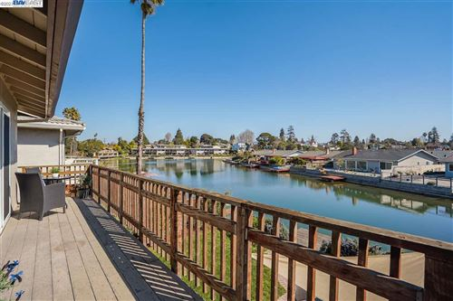 Photo of 620 Westline Dr, ALAMEDA, CA 94501 (MLS # 40938117)