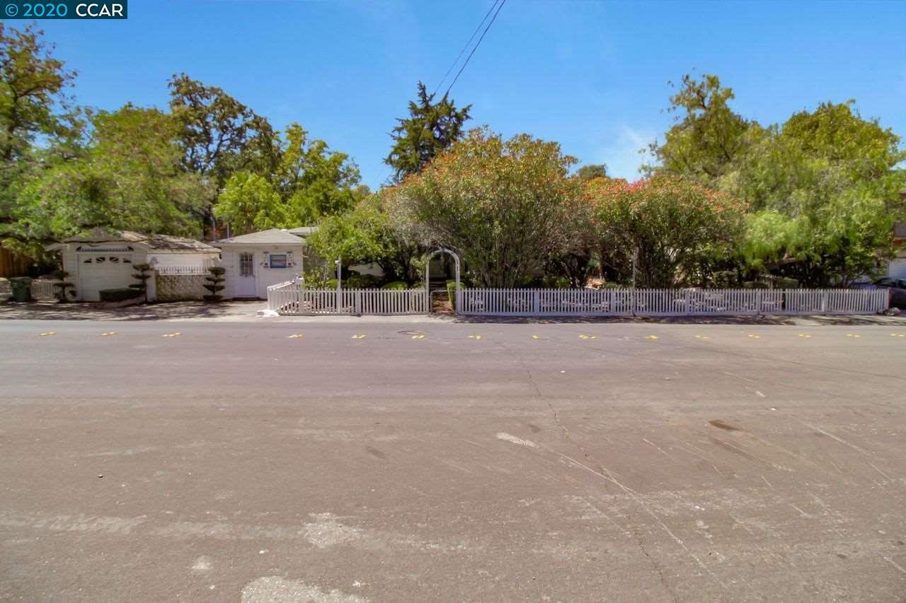 Photo of 1733 San Miguel Dr, WALNUT CREEK, CA 94596 (MLS # 40916118)