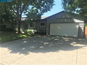 Photo of 1606 Yeoman Dr, CONCORD, CA 94521 (MLS # 40870119)