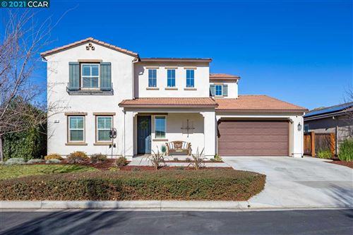 Photo of 527 Stratford Way, BRENTWOOD, CA 94513 (MLS # 40935119)