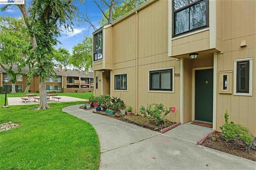 Photo of 9005 Alcosta Blvd #196, SAN RAMON, CA 94583 (MLS # 40907121)