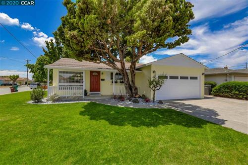 Photo of 15361 Laverne Dr, SAN LEANDRO, CA 94579 (MLS # 40907123)