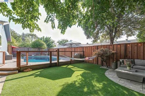 Photo of 1091 Batavia Ave, LIVERMORE, CA 94550 (MLS # 40923127)