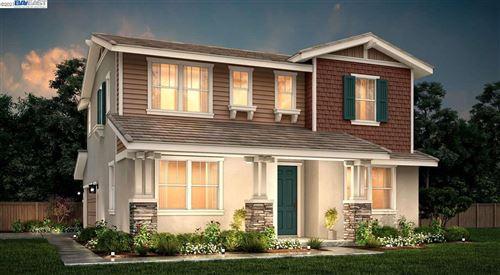 Photo of 282 E Lawson Avenue, MOUNTAIN HOUSE, CA 95391 (MLS # 40960128)
