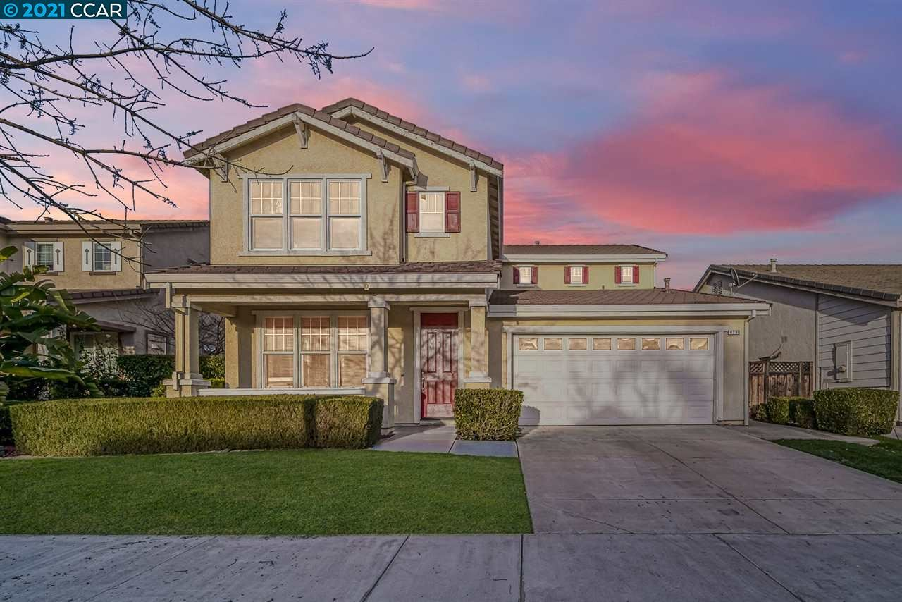 Photo for 4796 Mammouth Ln, OAKLEY, CA 94561 (MLS # 40934128)