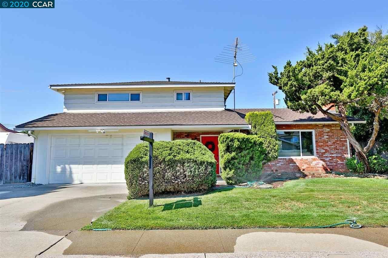 Photo of 4644 Adams Dr, CONCORD, CA 94521 (MLS # 40907129)