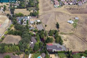 Photo of 1475 Lawrence Rd, DANVILLE, CA 94506 (MLS # 40884130)