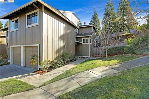 Photo of 950 Kimberly Cir, PLEASANT HILL, CA 94523 (MLS # 40935130)