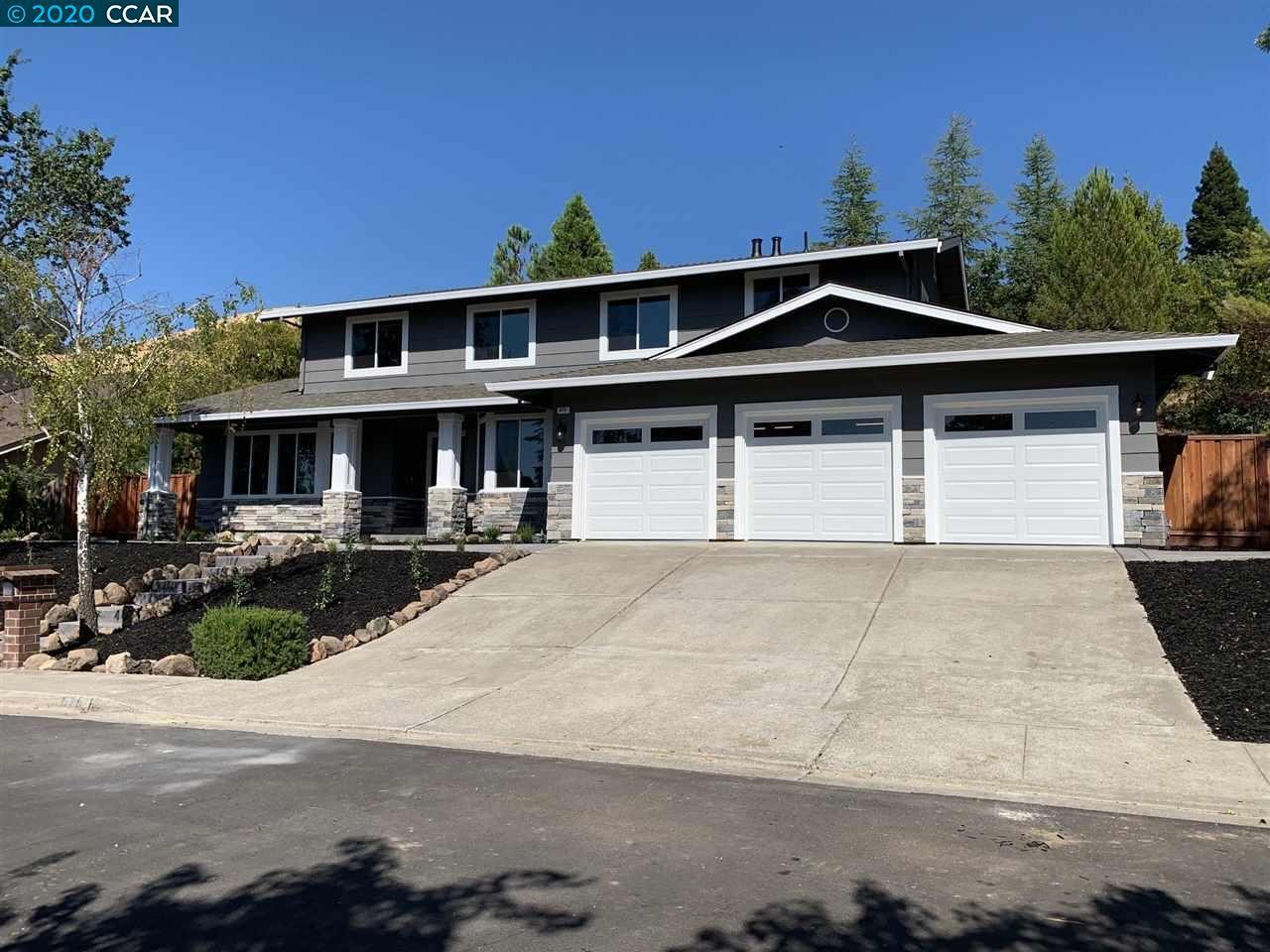 Photo of 676 Gwen Ct, DANVILLE, CA 94526-2833 (MLS # 40916130)