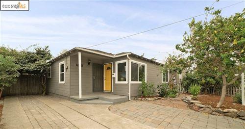 Photo of 3062 Rollingwood Dr, SAN PABLO, CA 94806 (MLS # 40920131)