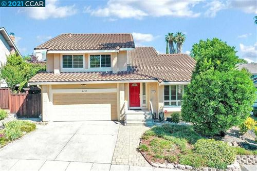 Photo of 2253 Lake Crest Court, MARTINEZ, CA 94553 (MLS # 40953131)