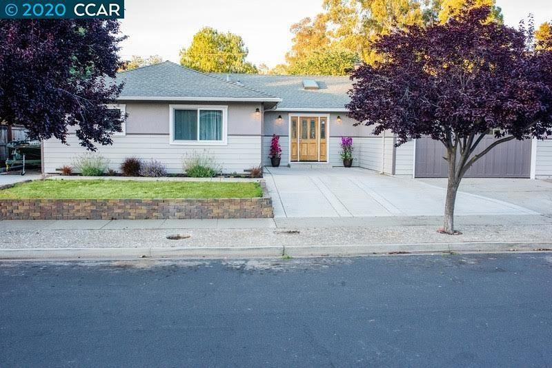 Photo of 4549 lincoln dr, CONCORD, CA 94521 (MLS # 40905132)