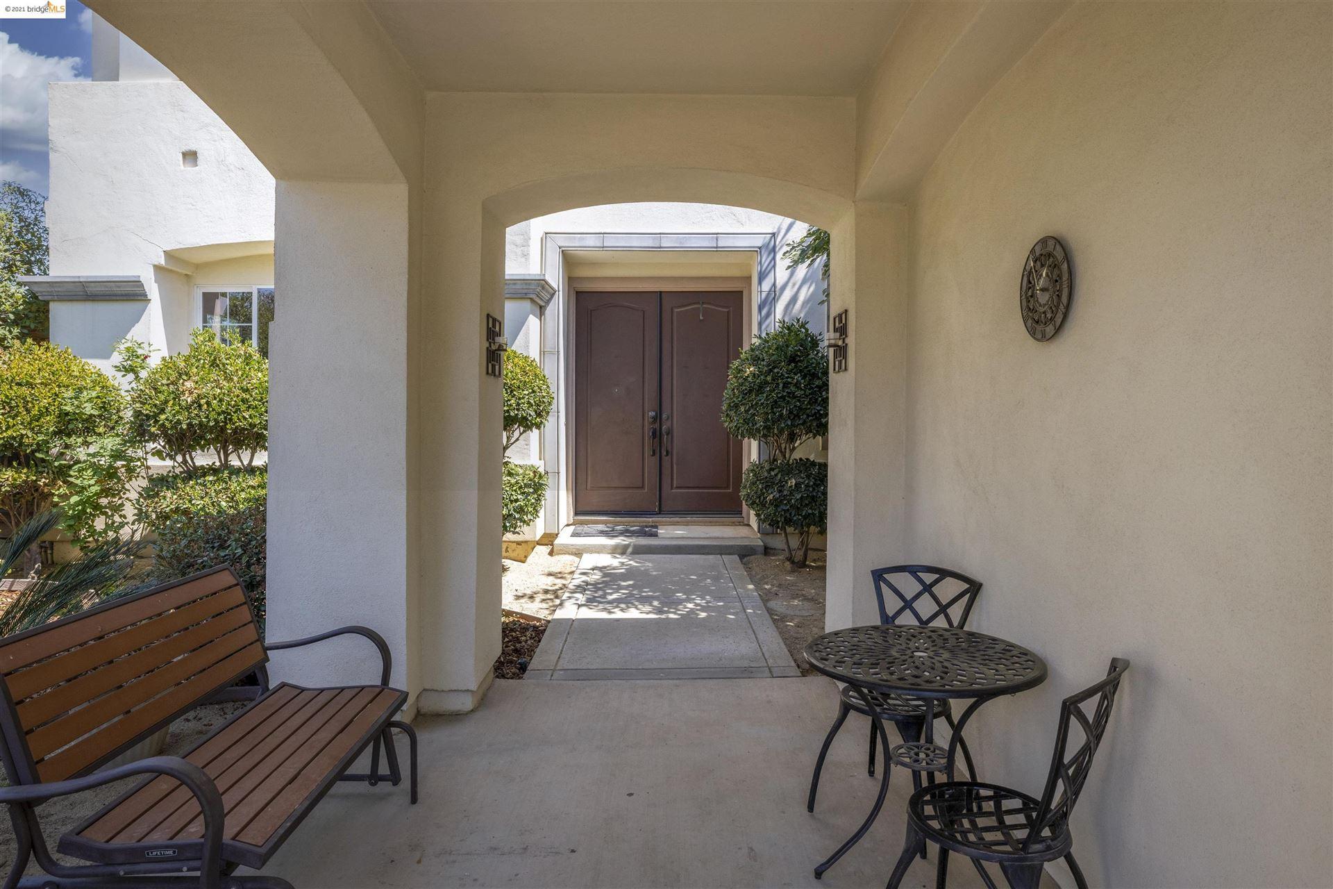 Photo of 2304 Demartini Ln, BRENTWOOD, CA 94513 (MLS # 40965137)
