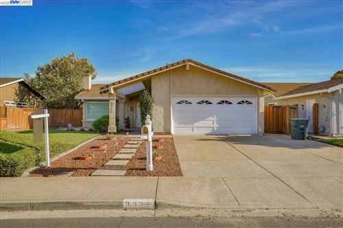 Photo of 3322 San Carlos Way, UNION CITY, CA 94587 (MLS # 40924139)