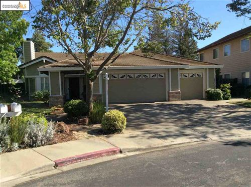 Photo of 5121 Redtail Ct, ANTIOCH, CA 94531 (MLS # 40903140)