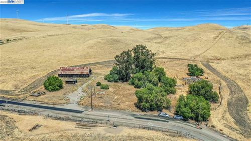 Photo of 9537 Flynn Rd So, LIVERMORE, CA 94550 (MLS # 40912140)
