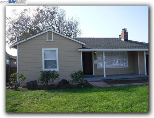 Photo of 37123 Holly St, FREMONT, CA 94536 (MLS # 40916141)
