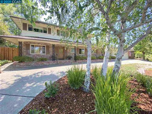 Photo of 6 Fieldbrook Pl, MORAGA, CA 94556 (MLS # 40958142)