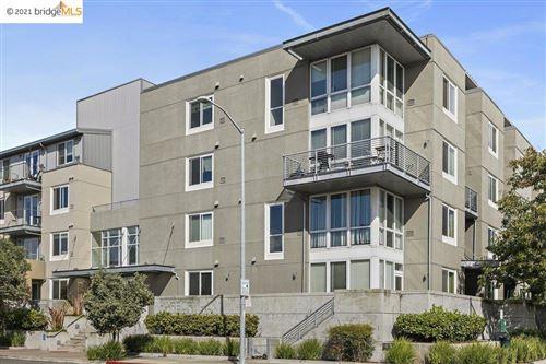 Photo of 3090 Glascock Street, Oakland, CA 94601 (MLS # 40972143)