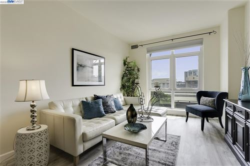 Tiny photo for 423 7th St #203, OAKLAND, CA 94607 (MLS # 40919148)