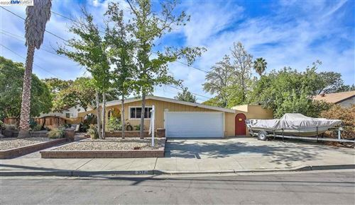 Photo of 237 Wall St, LIVERMORE, CA 94550 (MLS # 40924148)