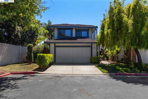 Photo of 37706 Carriage Circle Cmn, FREMONT, CA 94536 (MLS # 40916149)