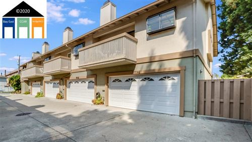 Photo of 20144 Forest, CASTRO VALLEY, CA 94546 (MLS # 40922149)