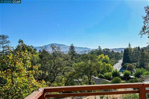 Photo of 2082 San Miguel Drive, WALNUT CREEK, CA 94596 (MLS # 40926149)