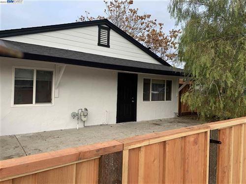 Photo of 1844 Chestnut St, LIVERMORE, CA 94551 (MLS # 40934149)