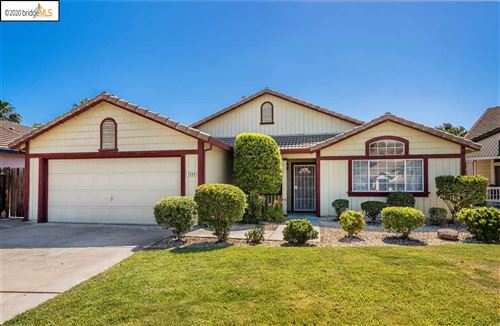 Photo of 3890 Mission Ct, OAKLEY, CA 94561 (MLS # 40906151)