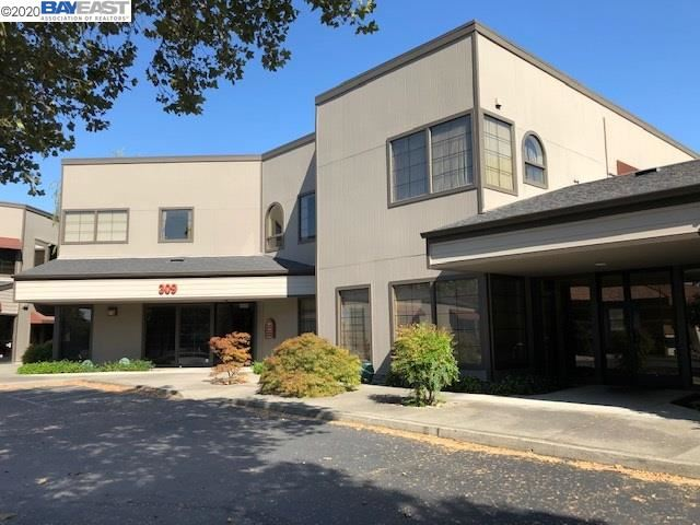 Photo of 309 Lennon Ln, WALNUT CREEK, CA 94598 (MLS # 40914151)