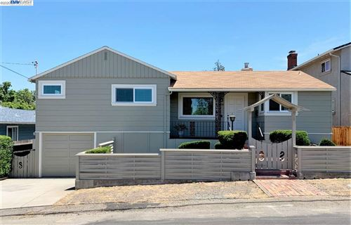 Photo of 16990 Rolando Ave, CASTRO VALLEY, CA 94546 (MLS # 40907152)
