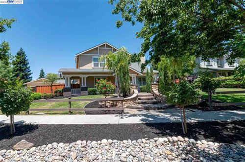 Photo of 2398 Treadwell Street, LIVERMORE, CA 94550 (MLS # 40911155)