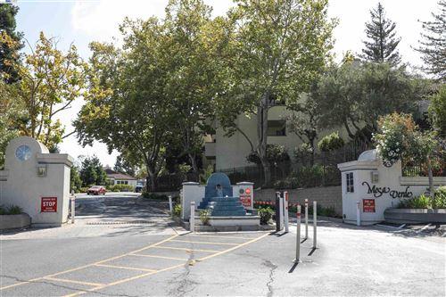 Photo of CASTRO VALLEY, CA 94546 (MLS # 40968155)