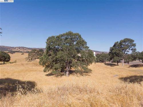 Photo of 5148 Little John Rd, COPPEROPOLIS, CA 95228 (MLS # 40960157)